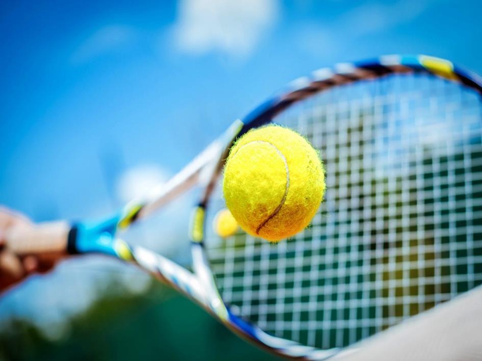 Tennis bedrijvendag 2019.jpg